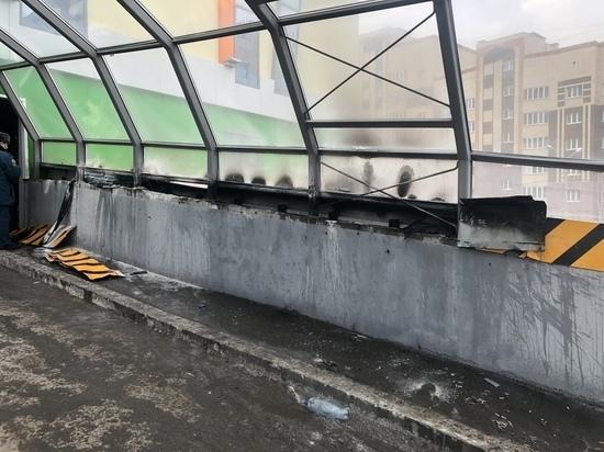 На парковке «Сити Парка» в Саранске загорелся утеплитель