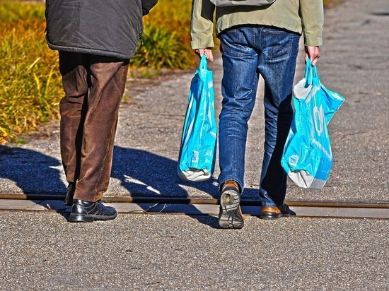 Власти Грузии запретили пластиковые пакеты