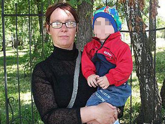 Запившая мать на несколько дней бросила дома больного сына