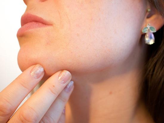 Минздрав рассказал, кому запретят проводить косметологические процедуры