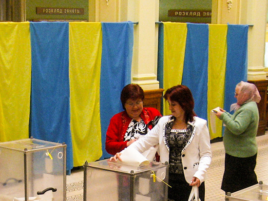 «Останемся одни»: непризнание украинских выборов может выйти Москве боком