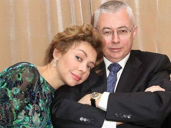 Вдова Игоря Малашенко обновила документы после заключения брака с ним
