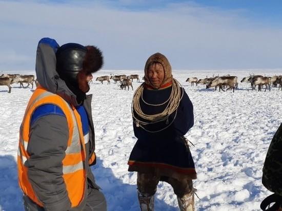 В Ямальском районе геологоразведчики передали тундровикам продукты