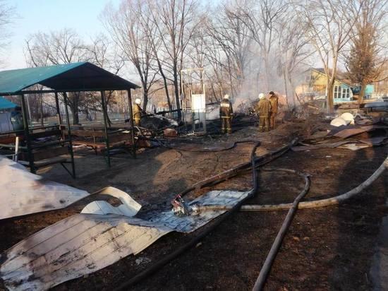 Потушен пожар в детском лагере под Хабаровском