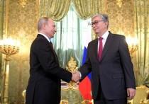 Токаев передал Путину привет от Елбасы