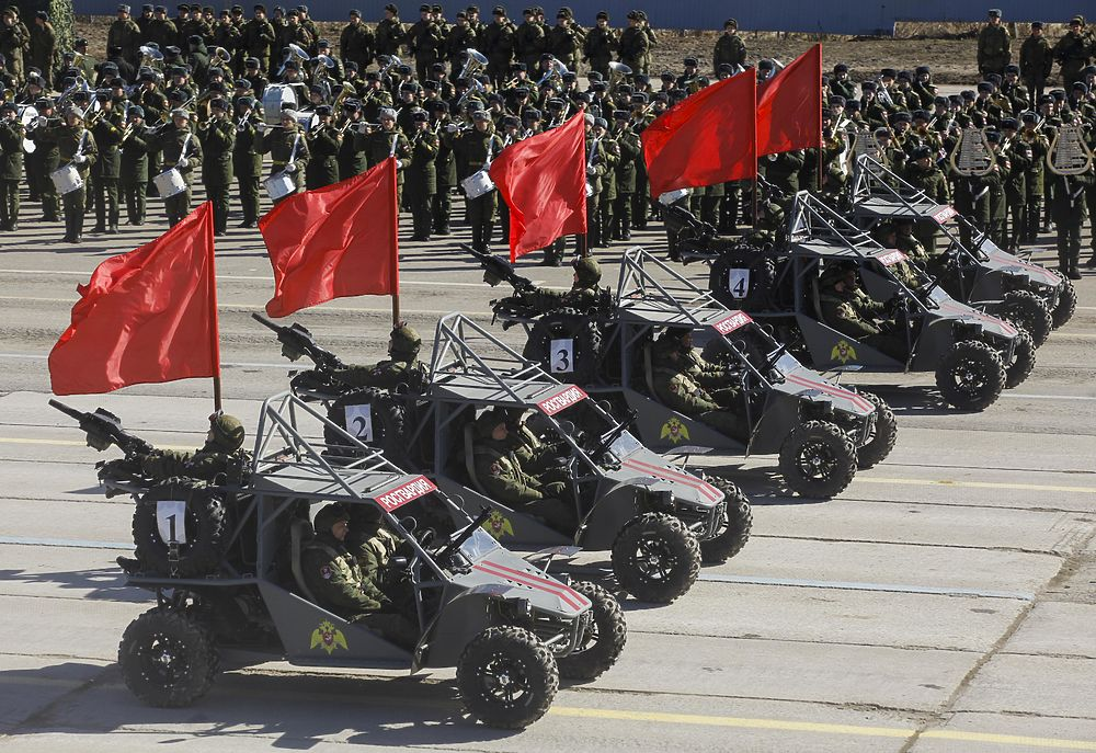 Первая репетиция Парада Победы: фотообзор новинок военной техники