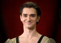 В Большом театре на премьере балета «Зимняя сказка» в постановке  английского хореографа Кристофера Уилдона на музыку Джоби Тэлбота (они оба находились в тот вечер в зале) произошло неприятное происшествие