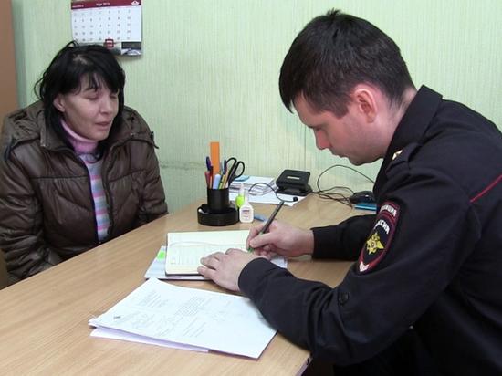 В Чебоксарах женщина проникала в подъезды и воровала оставленные вещи