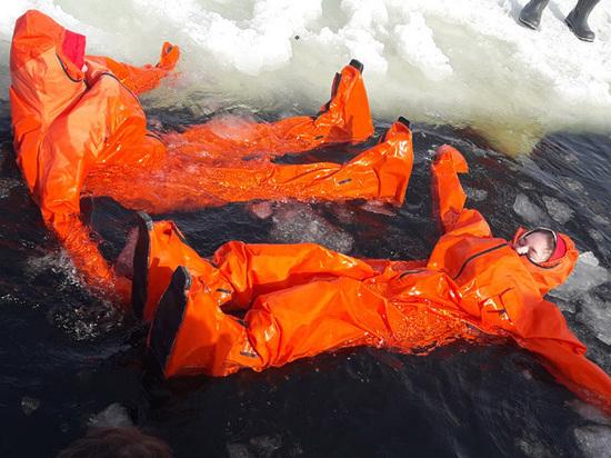 Школьники прошли последние тренировки перед походом на Северный полюс