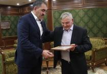 Евкуров поздравил с 75-летием заслуженного тренера Асхаба Белхароева