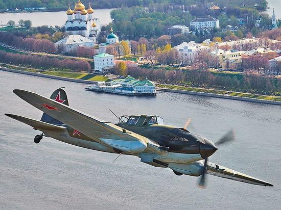 Штурмовик, поднятый со дна озера, приземлится в Тверской области