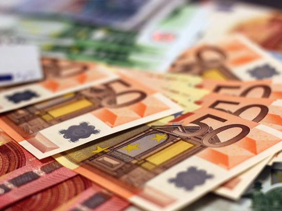 В Европе решили раздать деньги беднякам: а как в России