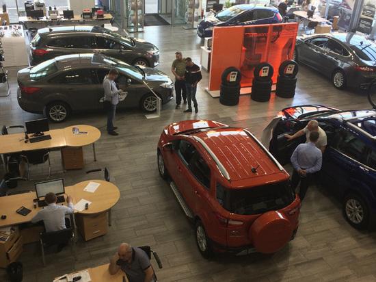 32f9f8647518e4f2635d276d8ee7f382 - Россияне в преддверии подорожания активно скупают машины в кредит