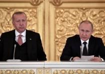 Президент Владимир Путин в ходе пресс-конференции по итогам переговоров с турецким лидером Реджепом Эрдоганом заявил, что две страны настроены на либерализацию визового режима