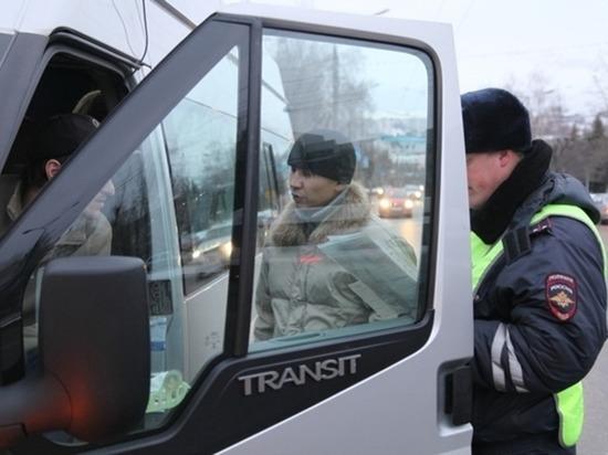 Мэрия Чебоксар планирует через суд закрыть нелегальные «такси» №49 и №21