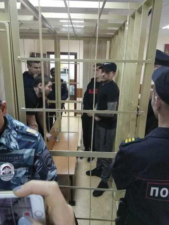 Кокорина и Мамаева доставили в суд без вещей