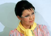 Досрочные выборы в Казахстане обрели интригу: странная роль дочери Назарбаева