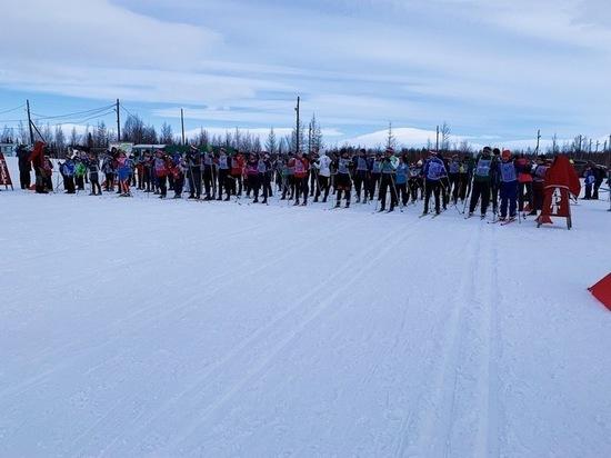 Лыжники Салехарда побежали на скорость