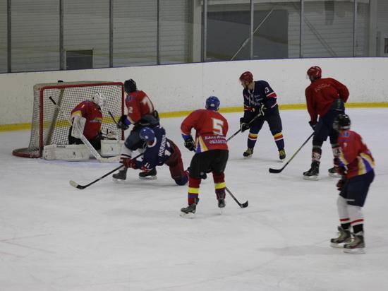 Сборная Калугаэнерго завоевала серебро Чемпионата Калуги по хоккею