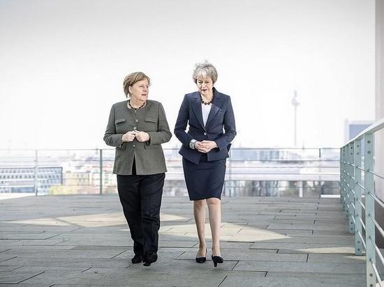 Меркель опубликовала фото прогулки с Мэй по Берлину