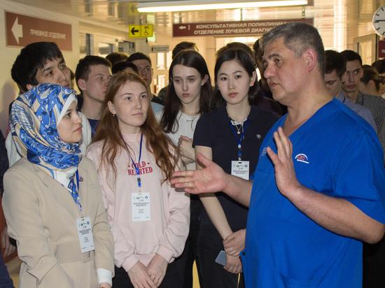 Будущие нейрохирурги побывали в Тюмени на олимпиаде