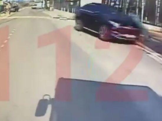 В Воронеже задержали водителя «Мерседеса», намеренно сбившего курсанта МЧС