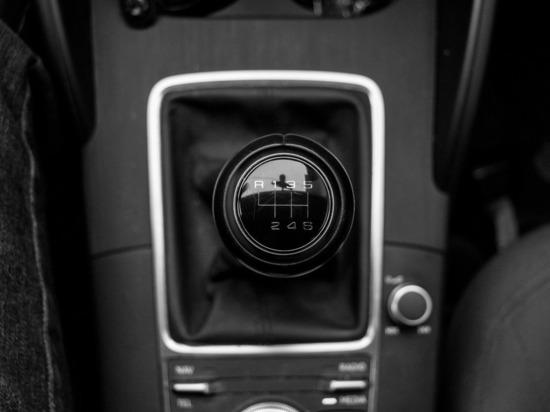 Минздрав дополнит перечень показаний для вождения автомобиля с ручным управлением