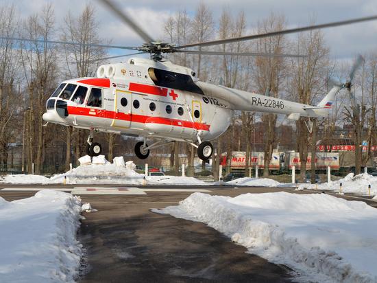 Вертолет санавиации дважды за сутки спасал жизни людей в Тверской области