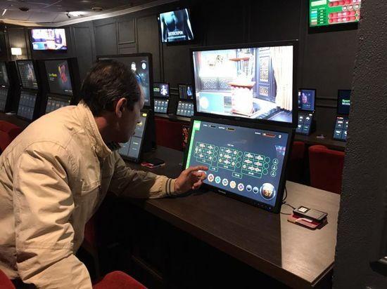 В Уфе 15 хозяев игровых клубов поймали на организации подпольных азартных игр