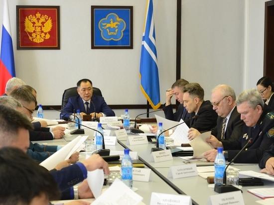 Главы Тувы и новый руководитель управления ФСБ провели заседание антитеррористической комиссии
