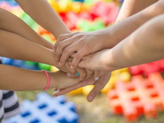 В Югре проходит конкурс по созданию логотипа Года семьи