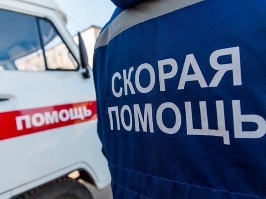 Под Волгоградом 50-летний водитель самосвала умер, врезавшись в забор