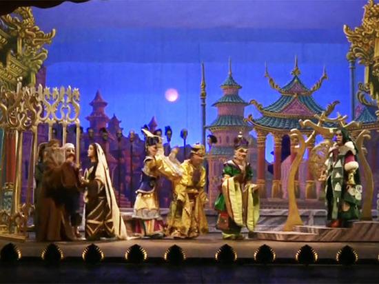 В Москву из Милана приехал уникальный театр марионеток