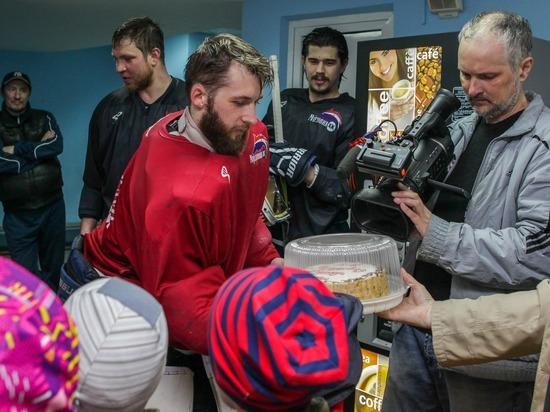 Малыши поддержали ХК «Мордовия» перед решающими матчами