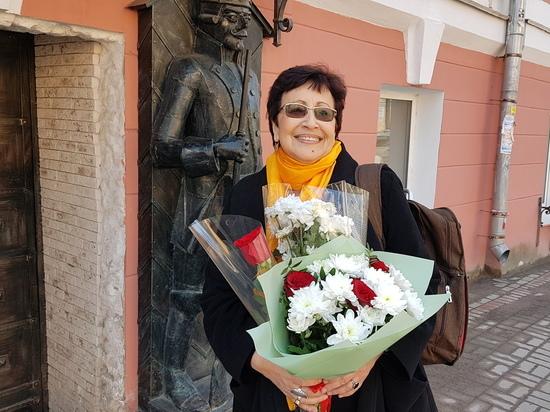 Дина Рубина представила в Гатчине фильм о своем ташкентском детстве