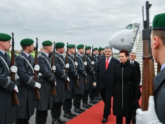 Украинский лидер тщится демонстрировать миру, будто будет править дальше