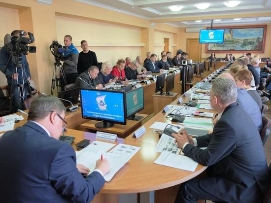Общественный совет при мэре Калининграда: Одобрям-с! И никакого внимания к проблемам