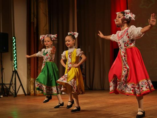 Танцевальные коллективы Саранска соревновались на «Ёндолня»