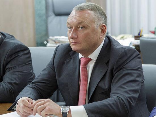 Сенатор Савельев в паре с женой заработал почти 200 млн рублей
