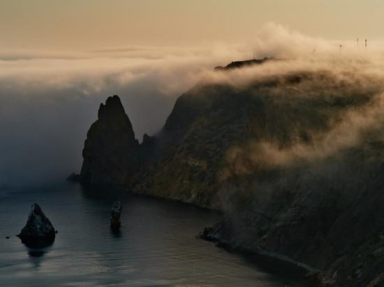 Крым накрыли дожди и туманы: прогноз погоды на воскресенье