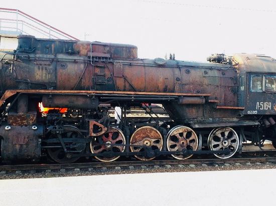 В Смоленск прибыли старинные паровозы
