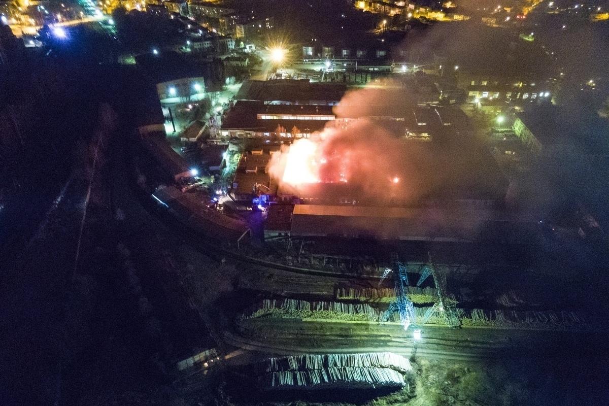 В Нелидово был крупный пожар на ДОКе