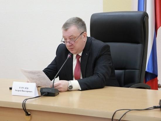 Гурулев раскритиковал несогласованность при тушении сгоревших стоянок