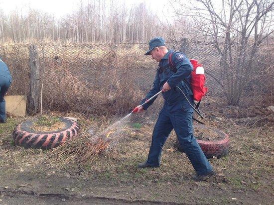 За выходные в Ульяновске мусор и трава горели 25 раз