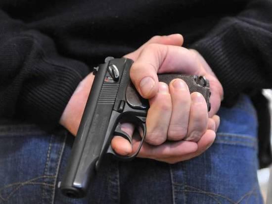 Стреляли: В Калининграде задержали мужчину с пистолетом