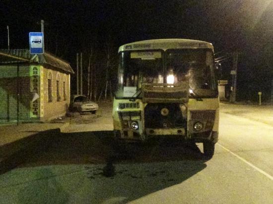 В аварии с участием автобуса в Кинешме пострадали трое подростков