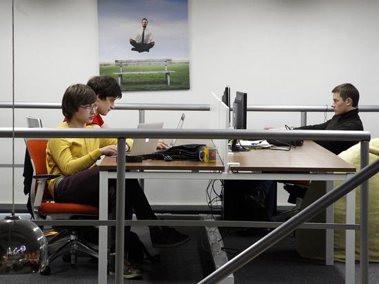ВЦИОМ назвал долю россиян, работающих не по специальности: половина