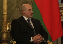 Лукашенко отреагировал на закупку Турцией у России С-400