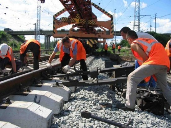 В Калининградской области начался ремонт трёх железнодорожных переездов