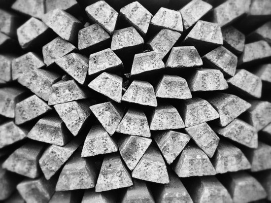 В Новокузнецке работник украл с предприятия более двух тонн цветного металла